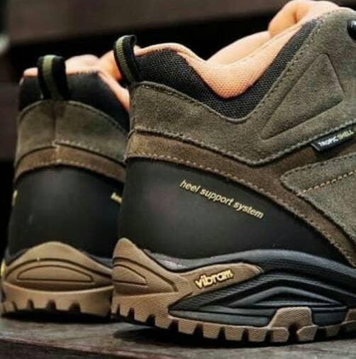 harga Sepatu boots eiger w181 cypress technical boots Tokopedia.com