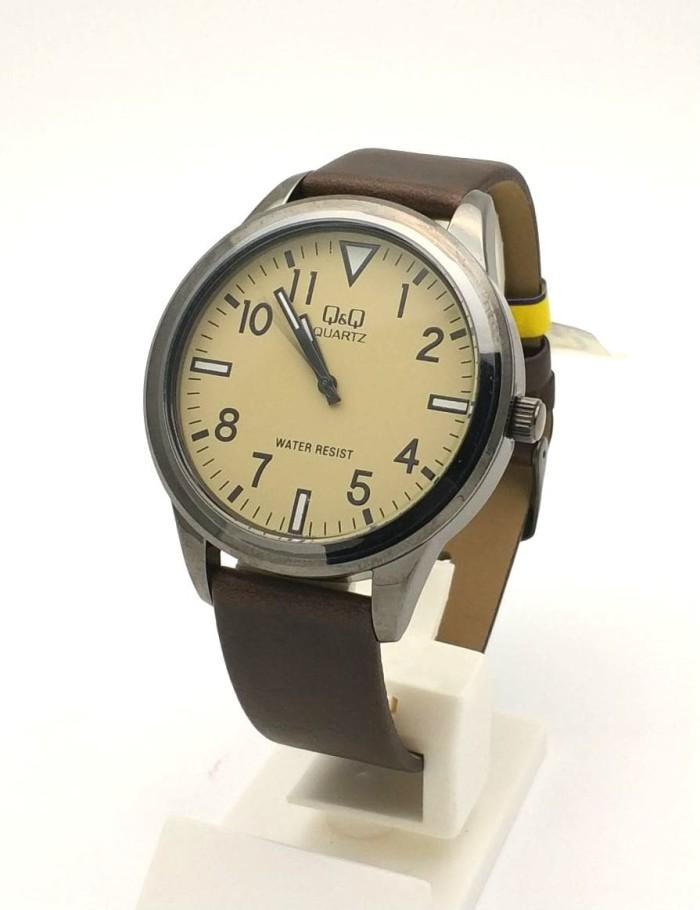 harga Q&q qnq qq analog jam tangan pria cokelat kulit qa52j503y original Tokopedia.com