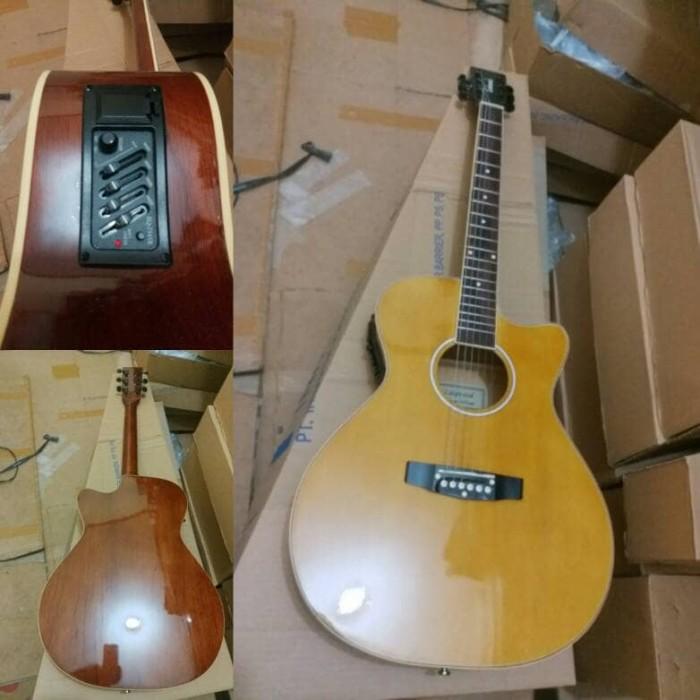 Katalog Lakewood Guitar Travelbon.com