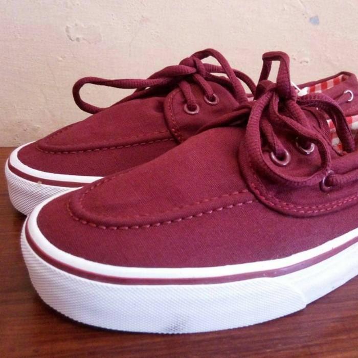 3bc6af68e8 vans zapato merah maroon