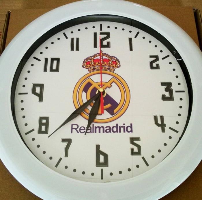 harga Jam dinding klub bola wall clock real madrid besar diameter 30 cm .