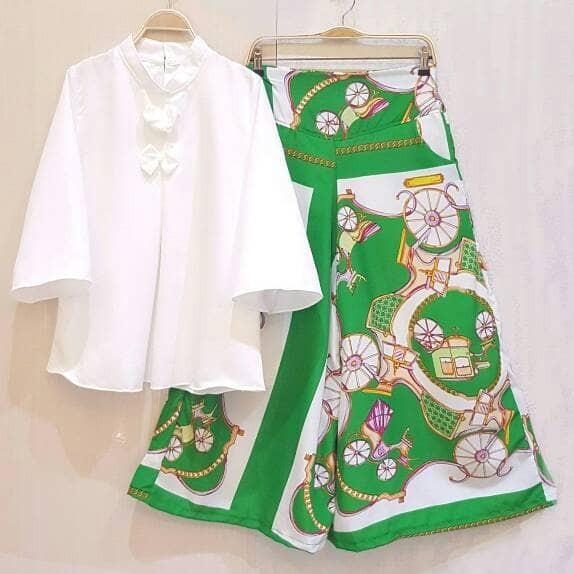 Baju setelan celana kulot motif batik busana fashion muslim wanita