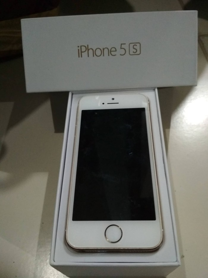harga IPhone 5S GOLD 16GB SECOND SILENT CAMERA Tokopedia.com