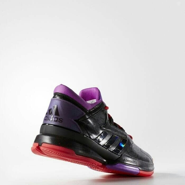 Pecinta Sepatu Basket Hitam   Putih   Kelabu International Daftar Source ·  Sepatu Basket adidas shoes 64afcba1a1