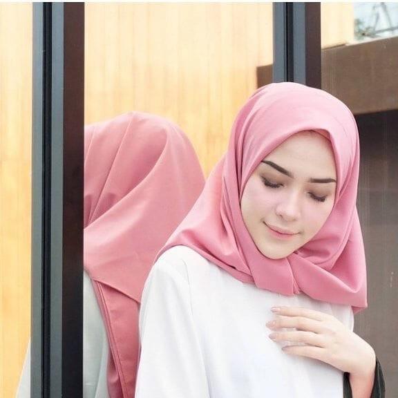 Jual Hijab Segi Empat Diamond Crepe Square Diamond Crepe