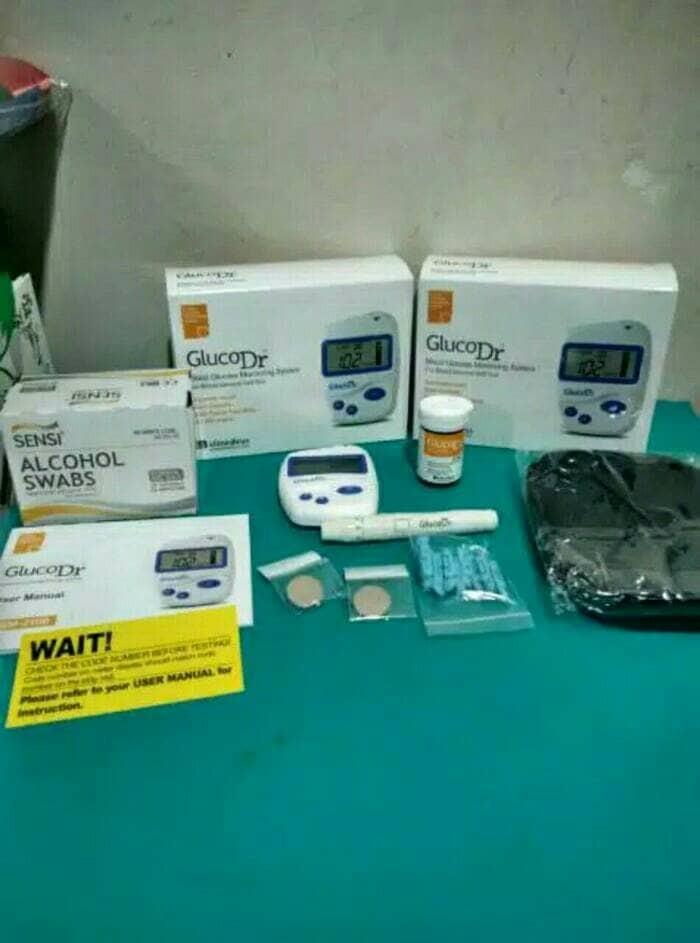 Foto Produk Alat cek gula darah gluco dr + 25 test strip lengkap dari Sumber lestari