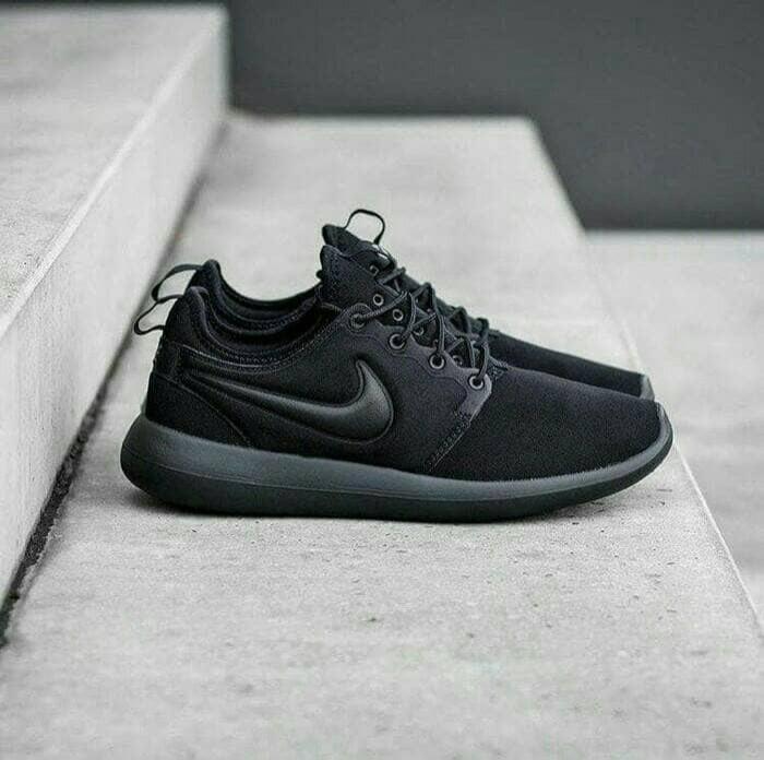 49a6168a34cd Sepatu Original NIKE ROSHE TWO Full Black New Edition Sneakers Styles -  Hitam