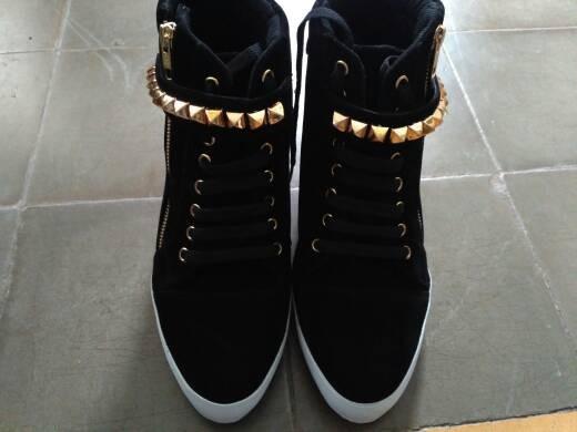harga Sepatu wanita sneaker hidden wedges heels boots kets nike hitam Tokopedia.com