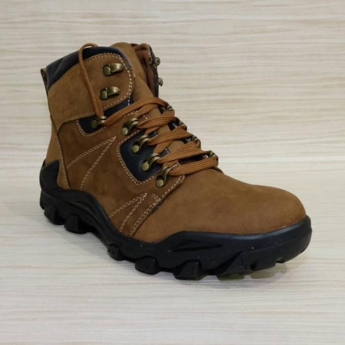 harga Sepatu boot kulit pria casual formal merk jim joker original oslo 2b Tokopedia.com