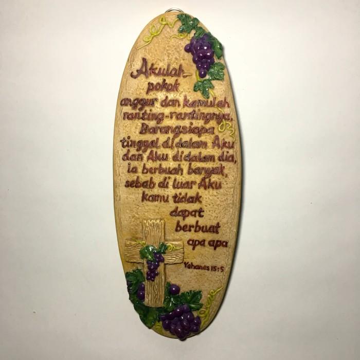 harga Patung pajangan salib dinding oval besar pokok anggur Tokopedia.com