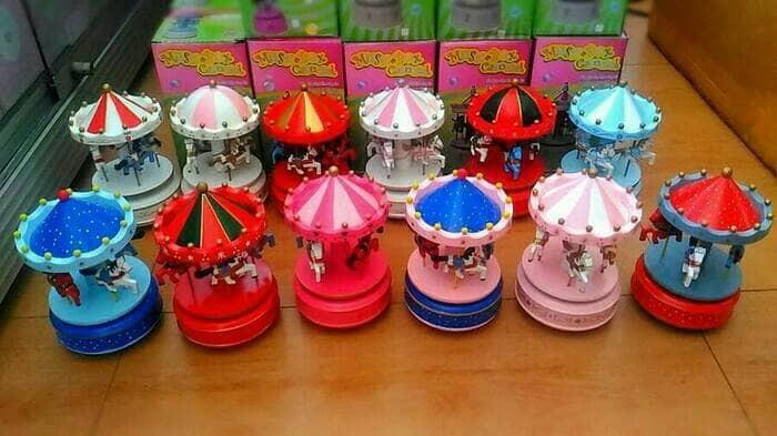 harga Kotak musik carousel, komedi putar , merry go round putar nyala Tokopedia.com