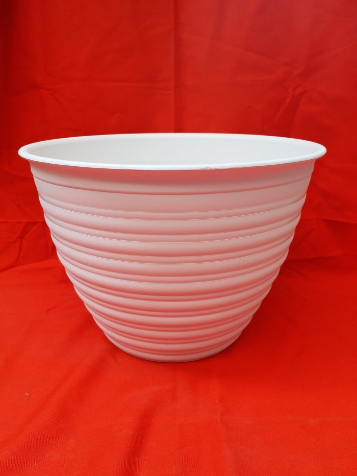 harga Pot tanaman / vas bunga bhn plastik putih tawon 30 cm minimalis Tokopedia.com