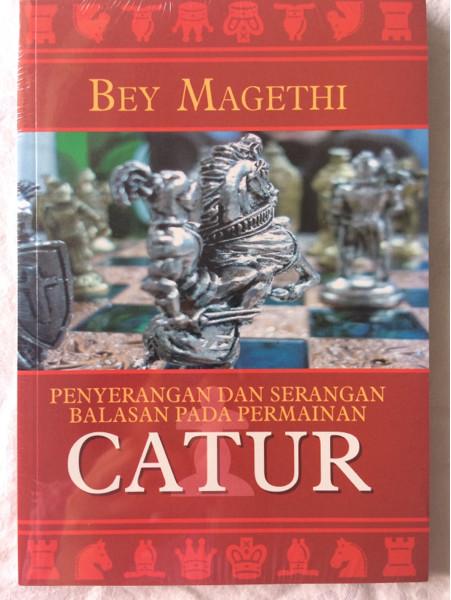 Foto Produk Penyerangan Dan Serangan Balasan Pada Permainan Catur - Bey Magethi dari CV Pionir Jaya