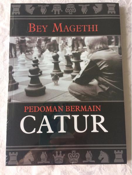 Foto Produk Pedoman Bermain Catur - Bey Magethi dari CV Pionir Jaya