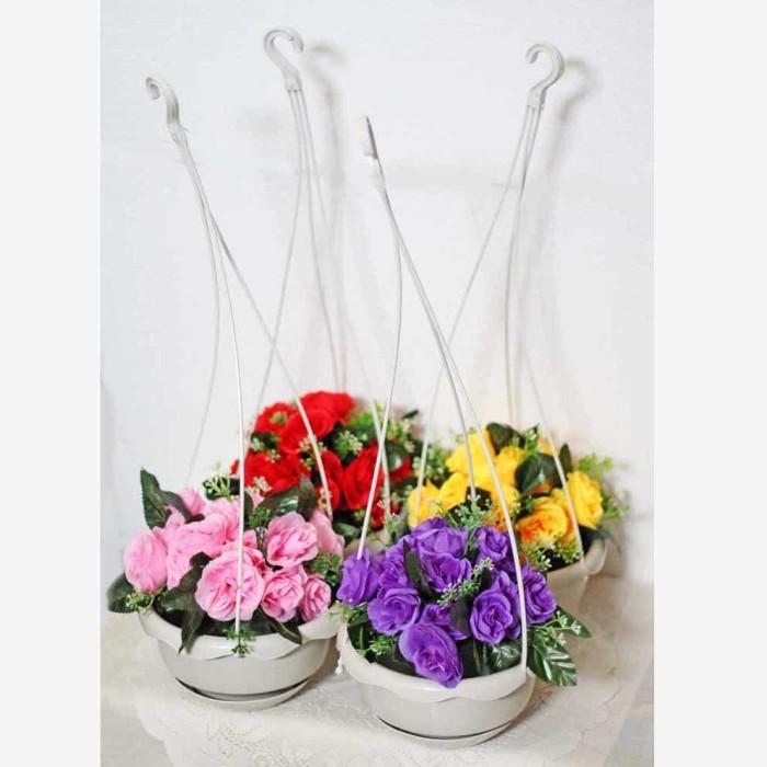 harga 1 set isi 4 bunga plastik hias artifisial mawar + pot gantung shabby 3 Tokopedia.com