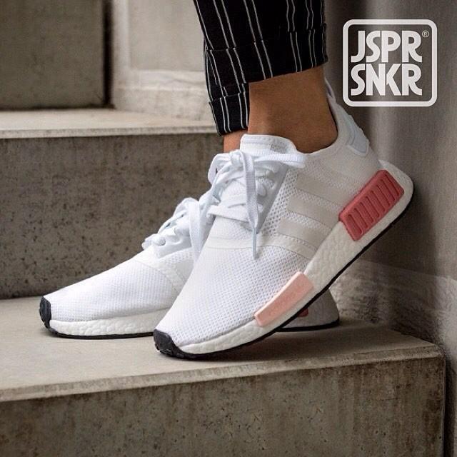 Jual Adidas Nmd R1 White Rose Pink Kota Bandung Jasper Sneakerz Tokopedia