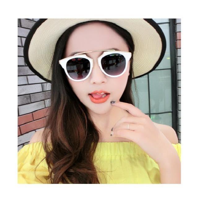 Foto Produk statement sunglasses  round  kacamata hitam korea dari syaffa  collection