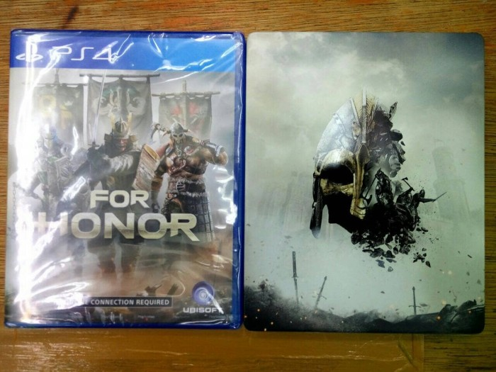 KASET PS 4 FOR HONOR+STEELLCASE PS4