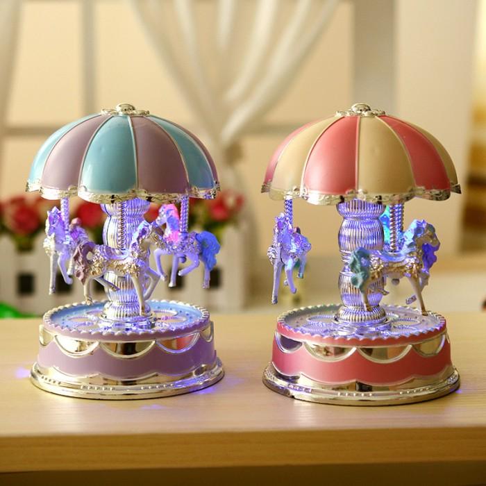 harga Kotak musik / music box kuda komedi putar warna / carousel horse Tokopedia.com