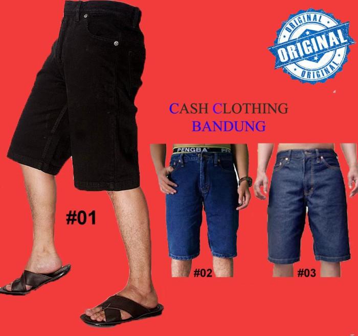 Foto Produk Celana Jeans Pendek Celana Pria Pendek Jeans Regular Premium Distro dari Turtle Clothing Bandung