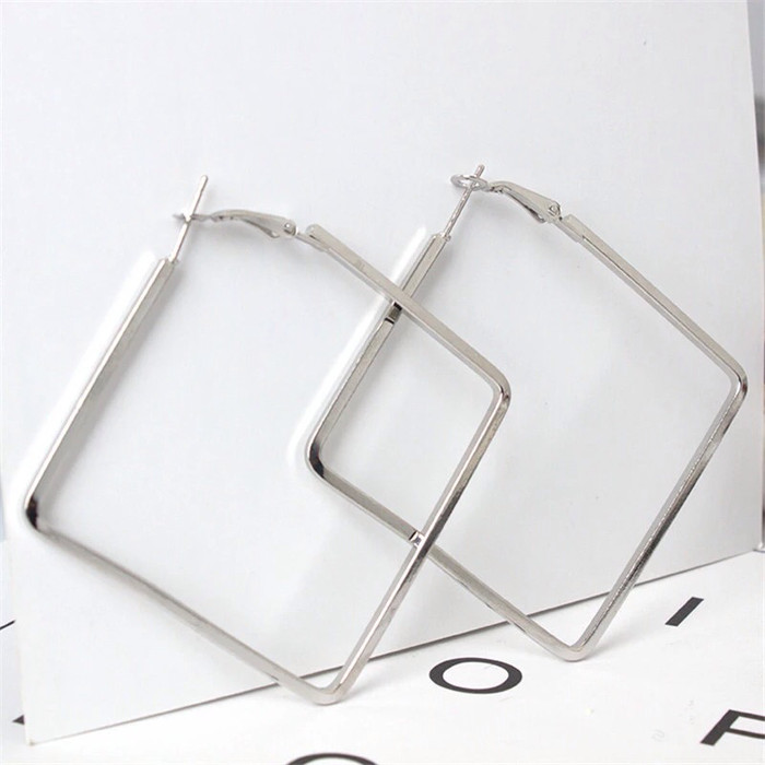 Anting simple big square | aksesoris import murah
