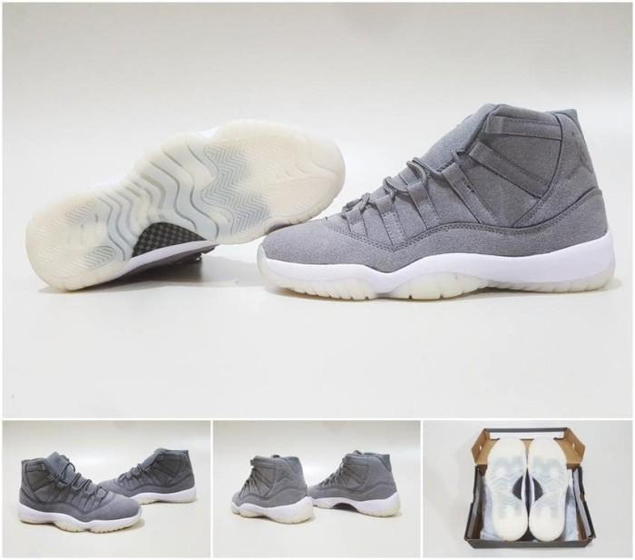Sepatu basket air jordan 11 grey suede