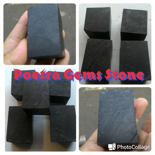harga Black jade rough hitam pekat nempel magnet Tokopedia.com
