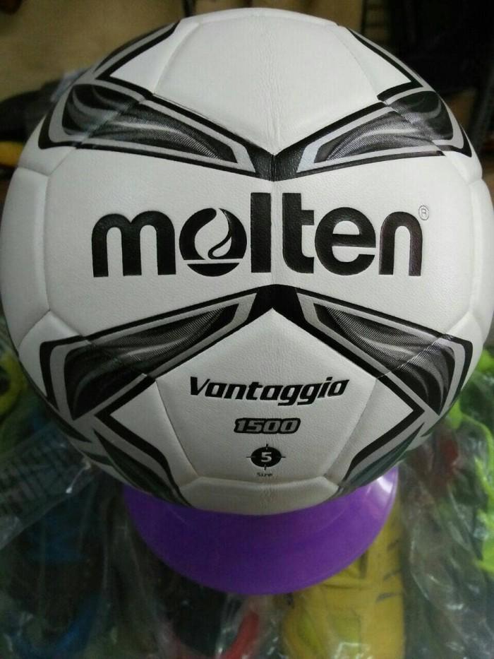 Bola sepak molten vantaggio 1500