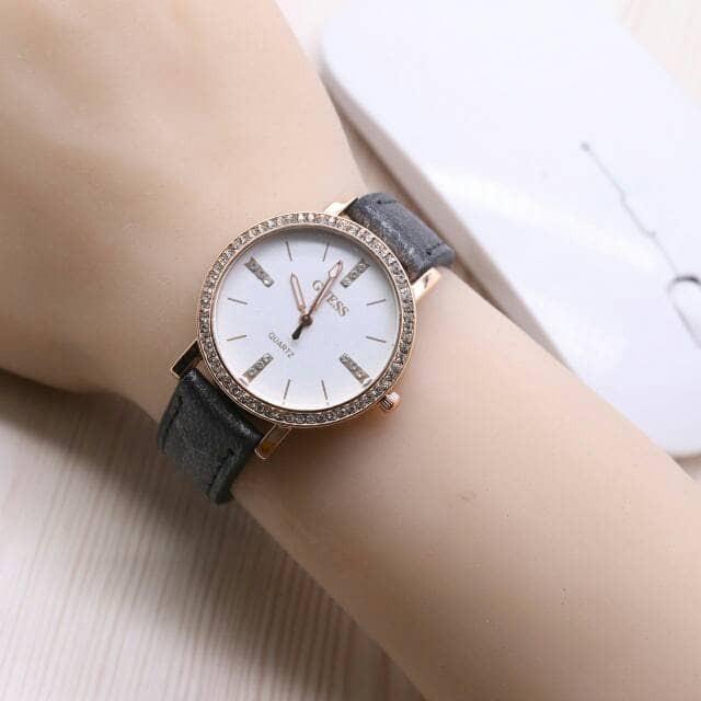 Jam Tangan Wanita / Cewek Guess R1560 Grey