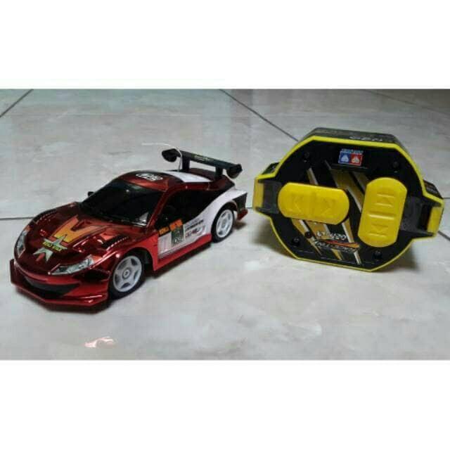 Mobil r/c auldey race-tin gen 4 skala 1:32 frekuensi2.