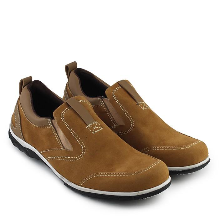 Foto Produk Sepatu WALKERS Model Catenzo Tan Slop Casual Pria dari Toko Sepatu Atang