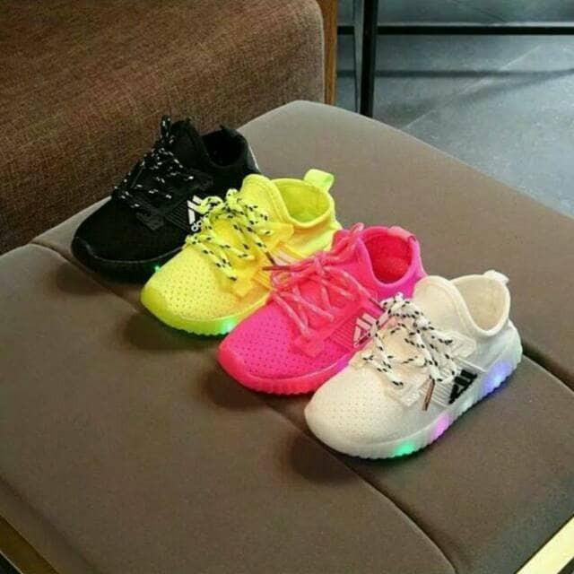 db41c711b1b Jual sepatu anak led adidas cek harga di PriceArea.com