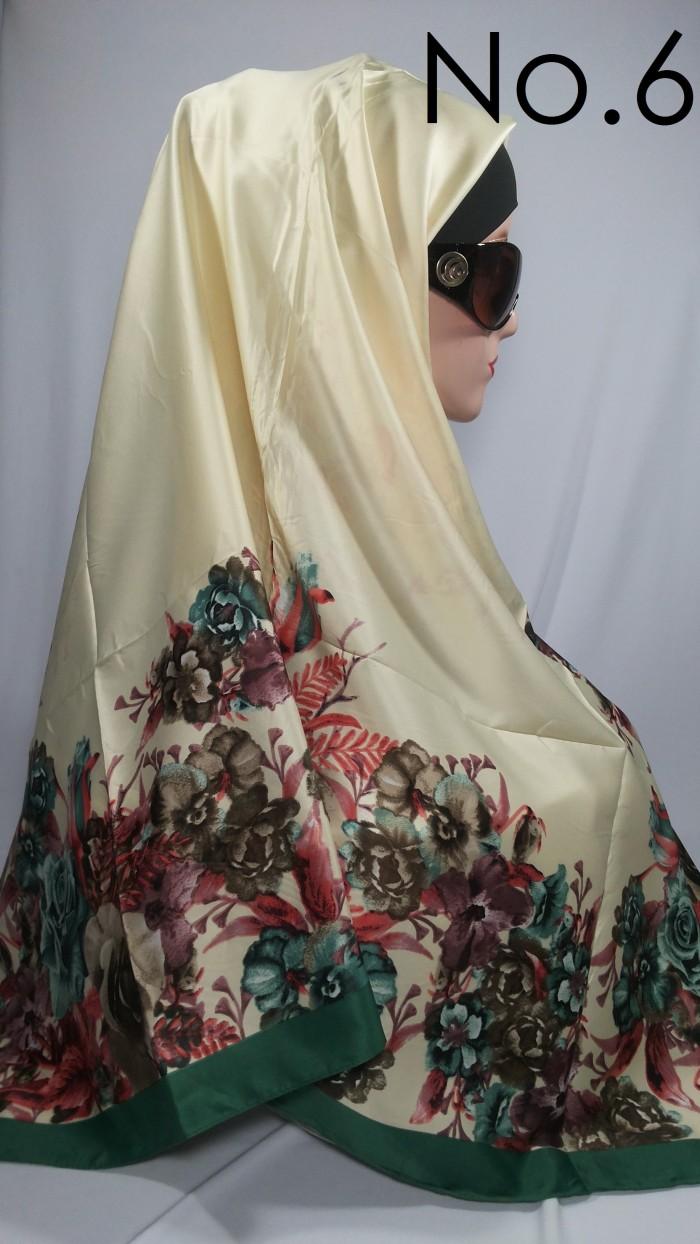 Jilbab segi empat lamiz satin motif bunga (armanie by dahanya)