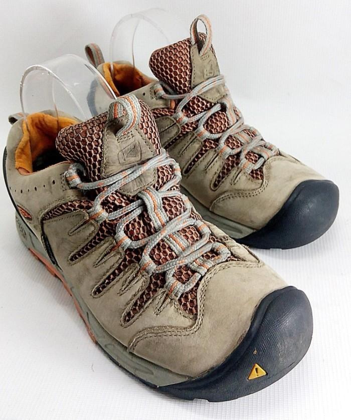 Jual Sepatu Outdoor Keen Bryce Waterproof Trail - S.135 - Mueeza ... 5c44e99dc4