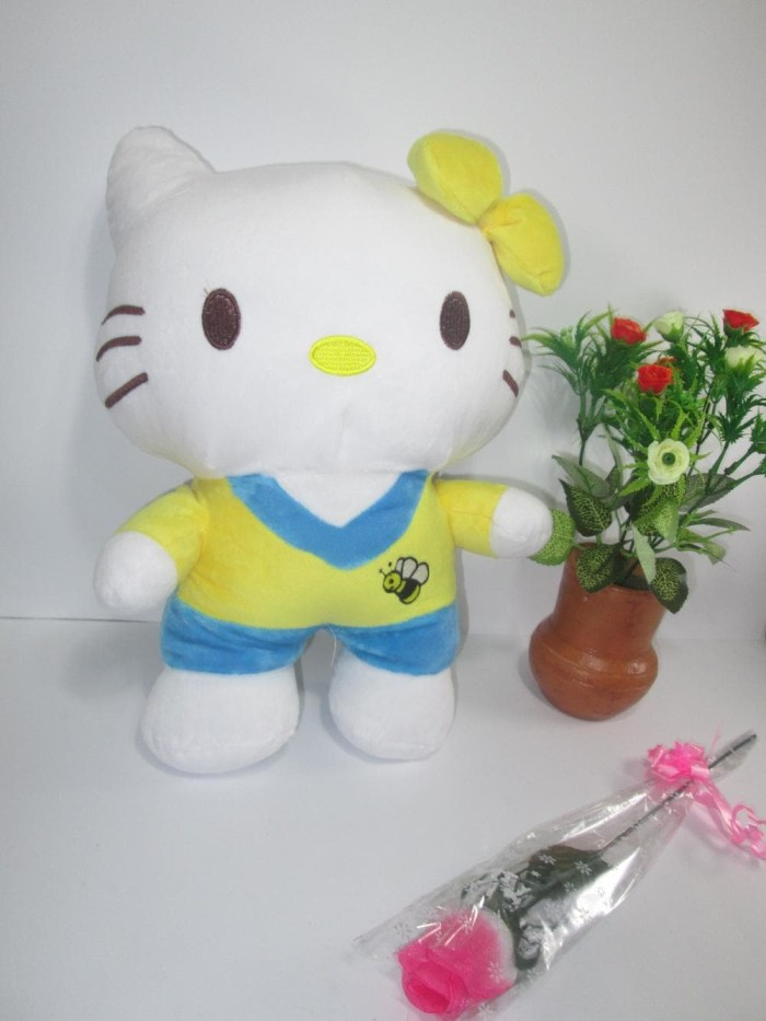 harga Boneka hello kitty baju pita hijau - hello kitty sporty l 30cm Tokopedia.com