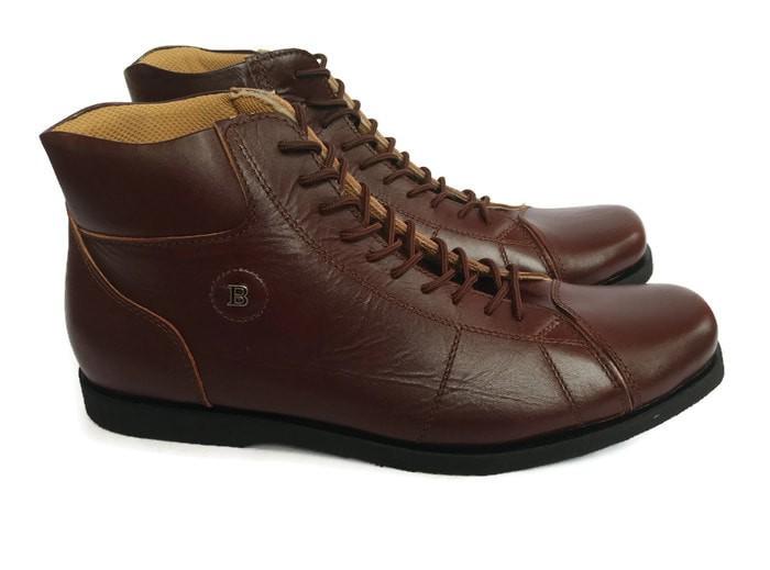 harga Sepatu kulit pria bally 310 boot model tali premium (free dompet stnk) Tokopedia.com