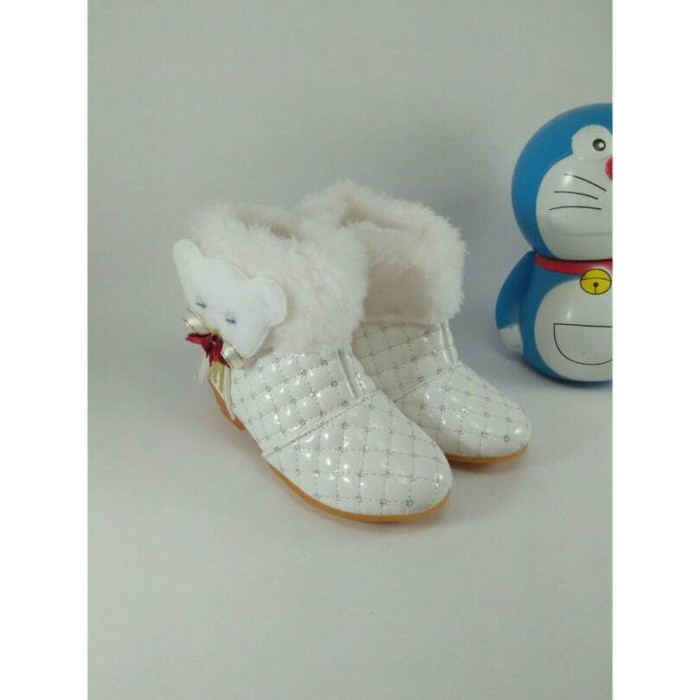 Jual Sepatu Boots Anak Perempuan Cewek Putih Pergi jalan Murah Lucu ... 8a81efbdf1