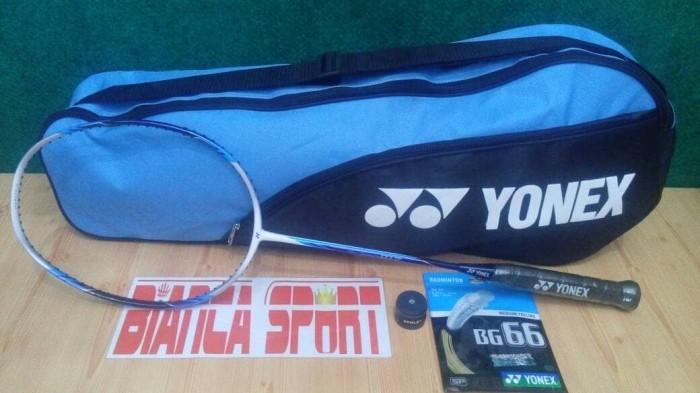 Katalog Raket Yonex Travelbon.com