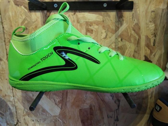 Harga Sepatu Futsal Specs New Hargano