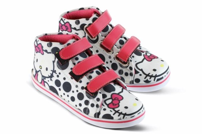 harga Sepatu anak perempuan sepatu sekolah anak sepatu hello kitty gf 4607 Tokopedia.com