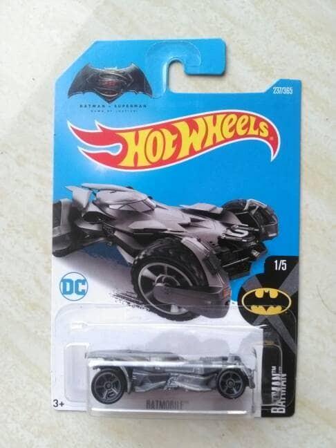 harga Hotwheels batman vs superman 2017 Tokopedia.com