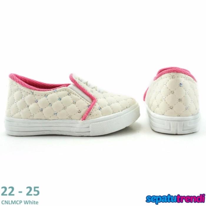 Sale TrendiShoes Sepatu Anak Perempuan Slip On Variasi 3 Tal