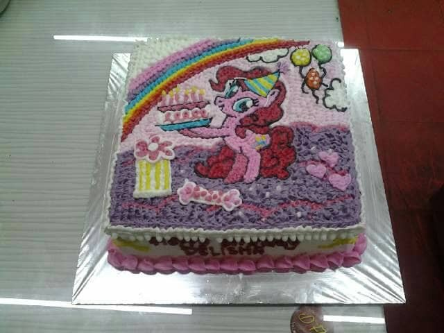 Jual Tart Karakter Tart Murah Tart Enak Kue Ulang Tahun Jakarta Timur Dflo Cake Bakery Tokopedia