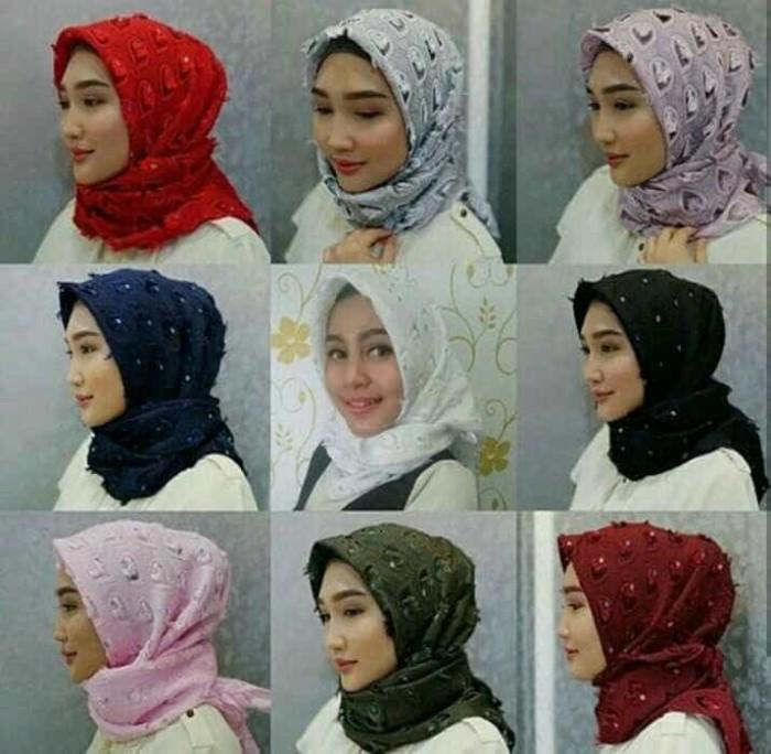 harga Hijab kerudung segiempat segi4 square bawal hati bulu merak .. Tokopedia.com