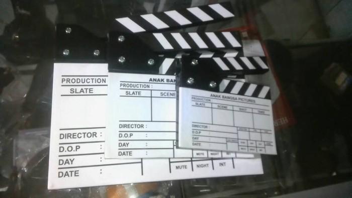 harga 1 set movie slate / clapper board cinema desain custom Tokopedia.com