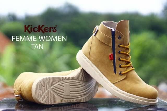 sepatu boots wanita creams / sepatu wanita boots / boots cream
