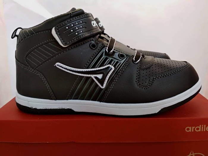 harga Sepatu sekolah ardiles bs-indramayu sepatu anak laki laki tk paud sd Tokopedia.com