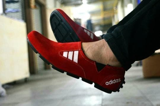 Jual Sepatu Slop Pria Lacoste Slip On Trendy Kulit Suede - Syavin ... 1a794a0ad2