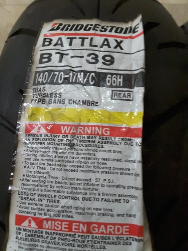 harga Ban belakang bridgestone battlax 140/70-17 bt39 racing tubeless motor Tokopedia.com