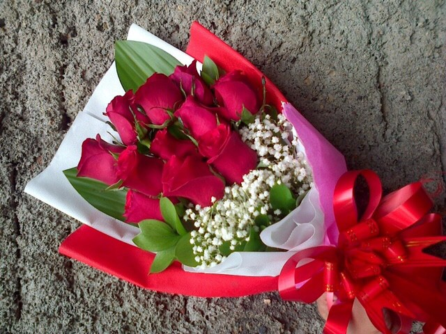 Jual Buket Bunga Mawar Merah Asli Jakarta Timur Toko Hrp Tokopedia